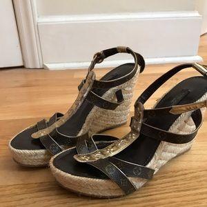 Shoes - LV espradrill, strappy , buckle closure